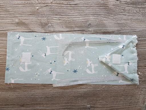 Assemblage du revers pour faire un calendrier de l'avant en tissu