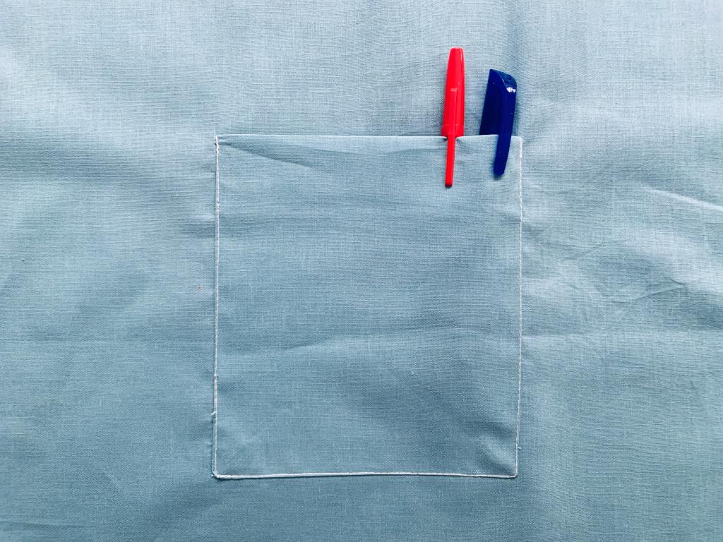 Coudre une poche plaquée